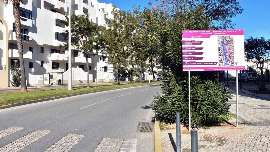 Avenida Carlos Mota Pinto em Quarteira ganha novo espaço pedonal para passeio e convívio.
