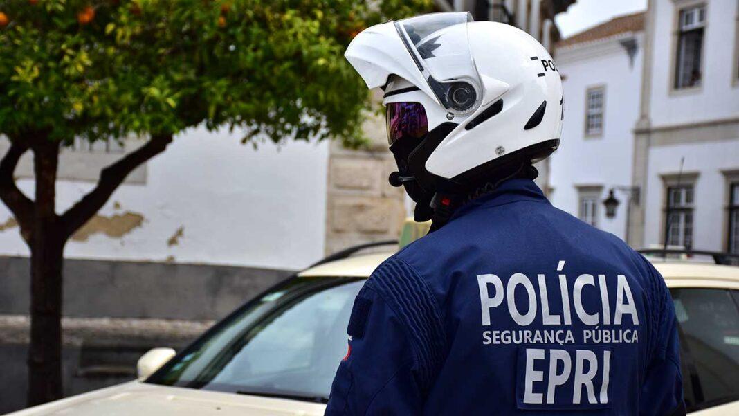 O ministro da Administração Interna, Eduardo Cabrita, determinou às Forças de Segurança um conjunto de orientações aplicáveis a todas as situações de incumprimento das regras de confinamento, de distanciamento social e uso da máscara no espaço público.