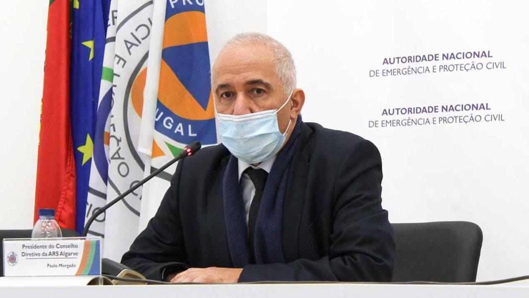 Os lares do Algarve vão receber a nova vacina contra a COVID-19 da Pfizer já a partir da próxima semana, segundo garantiu hoje aos jornalistas Paulo Morgado, presidente da Administração Regional de Saúde (ARS) do Algarve.