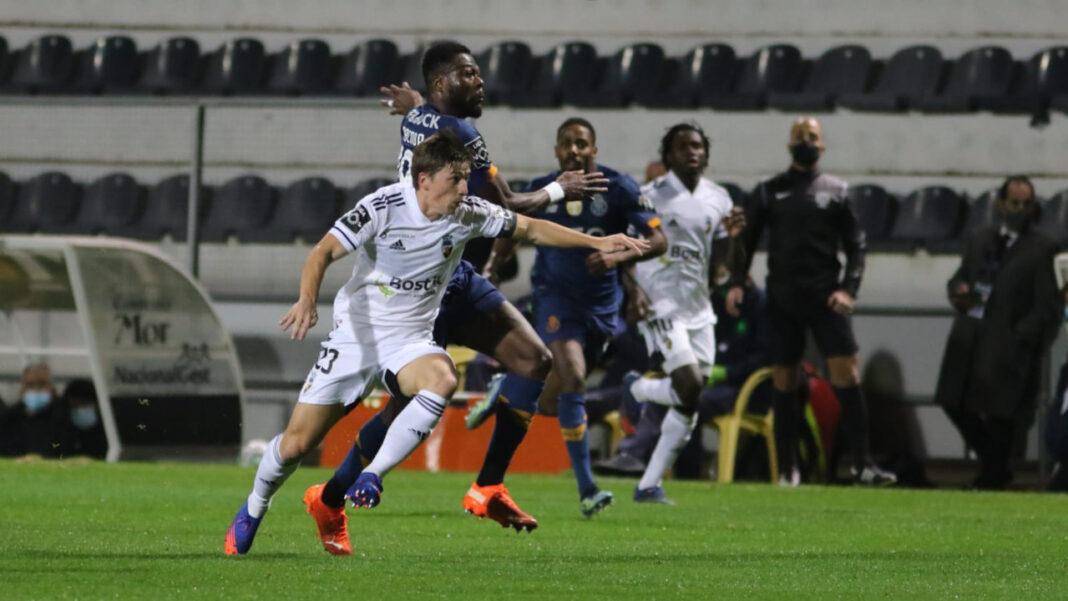 Farense vs FC Porto - Ryan Gauld
