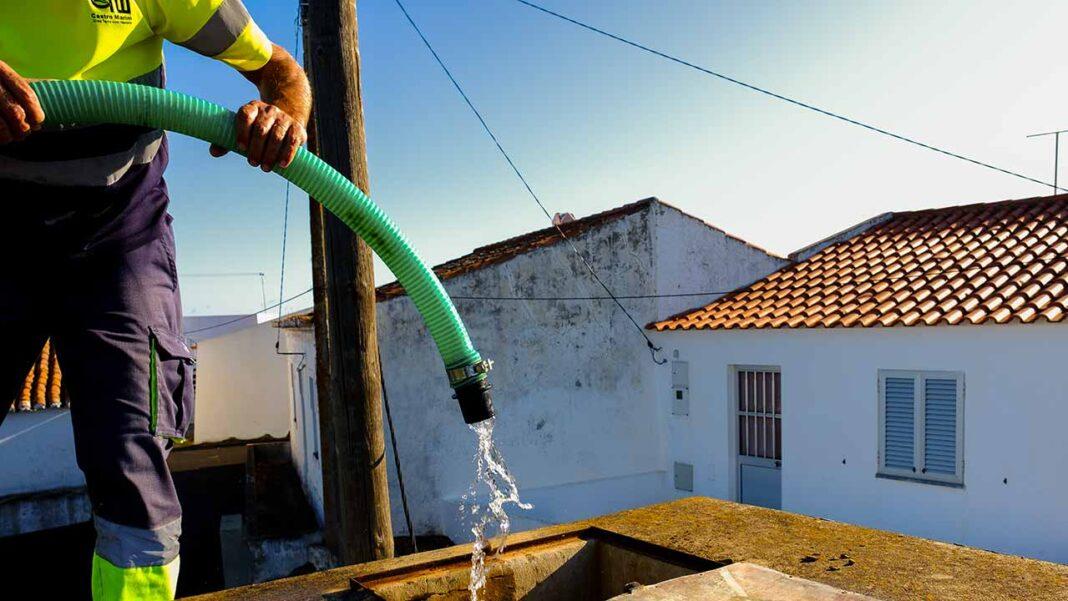 Castro Marim aprova isenção de tarifas fixas de água e saneamento para consumidores não-domésticos.