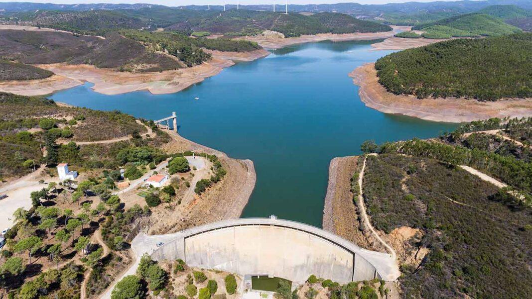 Captação de água do Guadiana no Pomarão e dessalinização «não são soluções» para a falta de água no Algarve diz a Plataforma Água Sustentável (PAS).