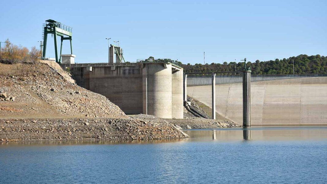 No Dia Mundial da Água, o relatório «Impactos das Alterações Climáticas na Península Ibérica», demonstra a urgência de uma estratégia conjunta entre os governos de Portugal e Espanha para prevenir um cenário de falta de água.
