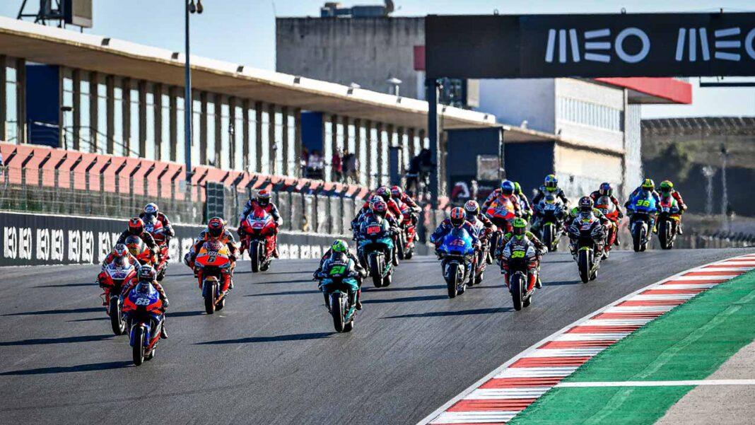 A possibilidade de os grandes prémios de Portugal de MotoGP e de Fórmula 1 não terem público é «um excesso de zelo», considera a AHETA, que defendelotação limitada.
