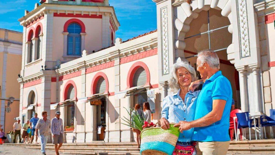 «Algarve Senior Living Survey» vai estudar necessidades residenciais (e não só) dos cidadãos seniores. Estudo conta com o apoio da Região de Turismo.