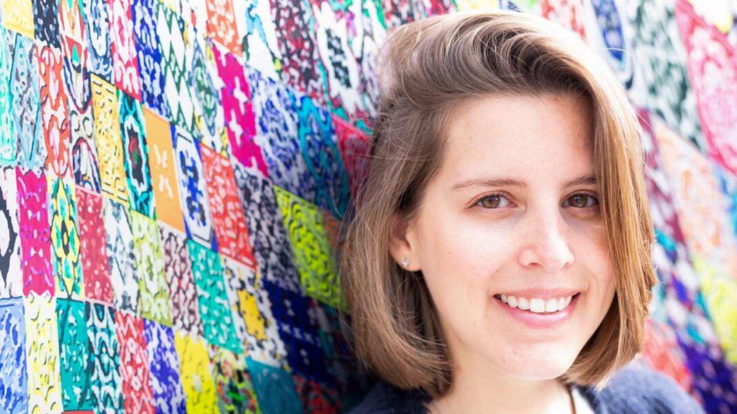 Ana Viegas, escritora de Vila Real de Santo António, lançou no início deste mês, uma campanha de crowdfunding para financiar impressão de coleção de livros de desenvolvimento pessoal para crianças e jovens.