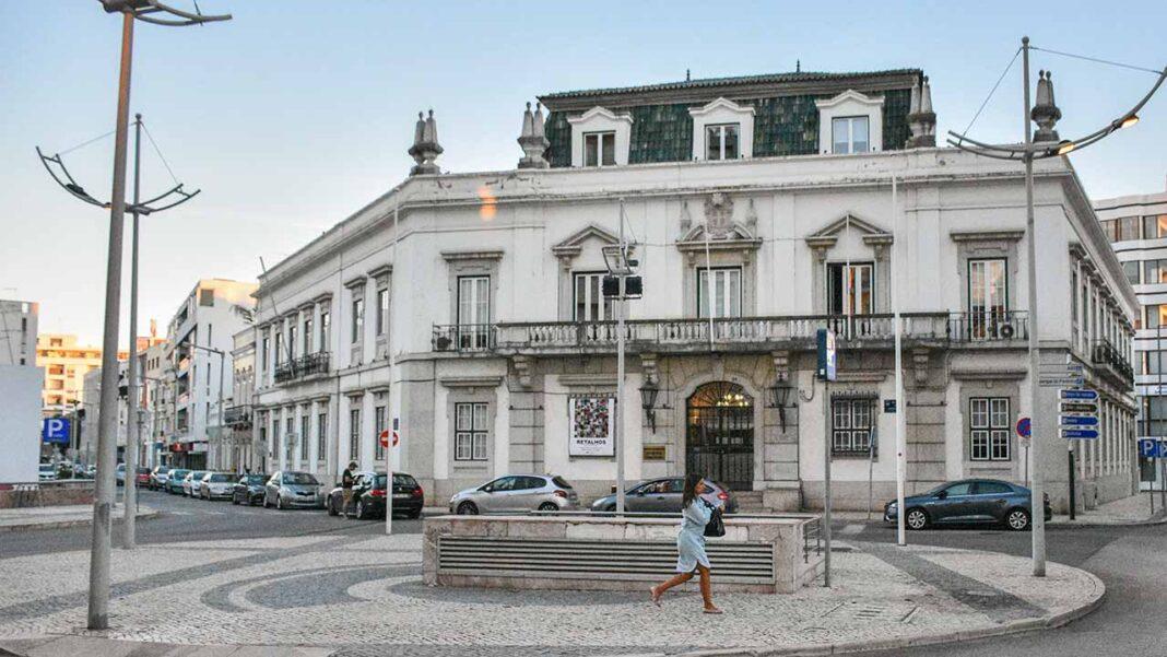 Comissão de Coordenação e Desenvolvimento Regional (CCRR) do Algarve entregou contributo para o Programa de Recuperação e Resiliência (PRR). Hospital Central Universitário do Algarve é a primeira prioridade.