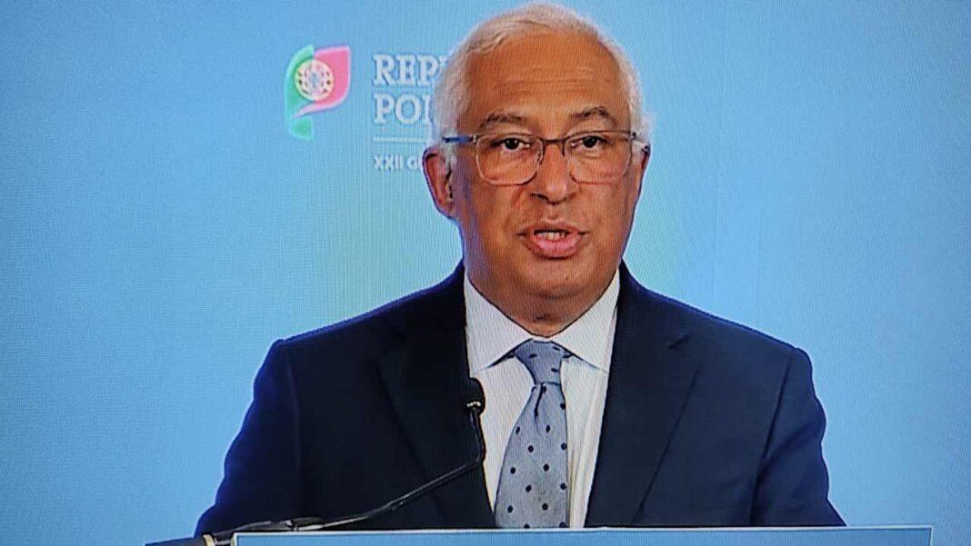O primeiro-ministro, António Costa, sublinhou que o programa de testagem nas escolas acompanhará a reabertura dos diferentes níveis de ensino, de forma a detetar eventuais casos de COVID-19 «no momento».