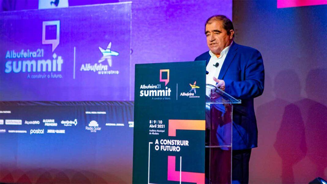 O turismo vai continuar a ser «a galinha dos ovos de ouro» para sair da crise foi a conclusão do segundo dia do Albufeira 21 Summit.