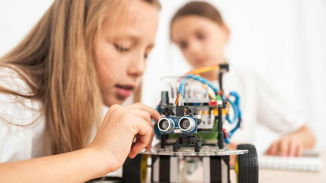Programa Operacional do Algarve apoia a criação e funcionamento de Clubes de Ciência Viva nas escolas da região.