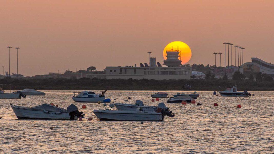 Faro promove ciclo de webinares dedicados ao turismo.