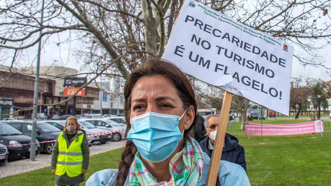 Sindicatos do Algarve afetos à UGT aprovam moção de solidariedade para com os trabalhadores algarvios.