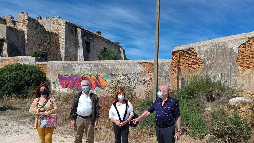 O Bloco de Esquerda promoveu um roteiro sobre o património cultural e ambiental no concelho de Portimão, com visitas a diversos locais, como a mata da Praia da Rocha, o Convento de São Francisco e as ruínas romanas da Abicada.