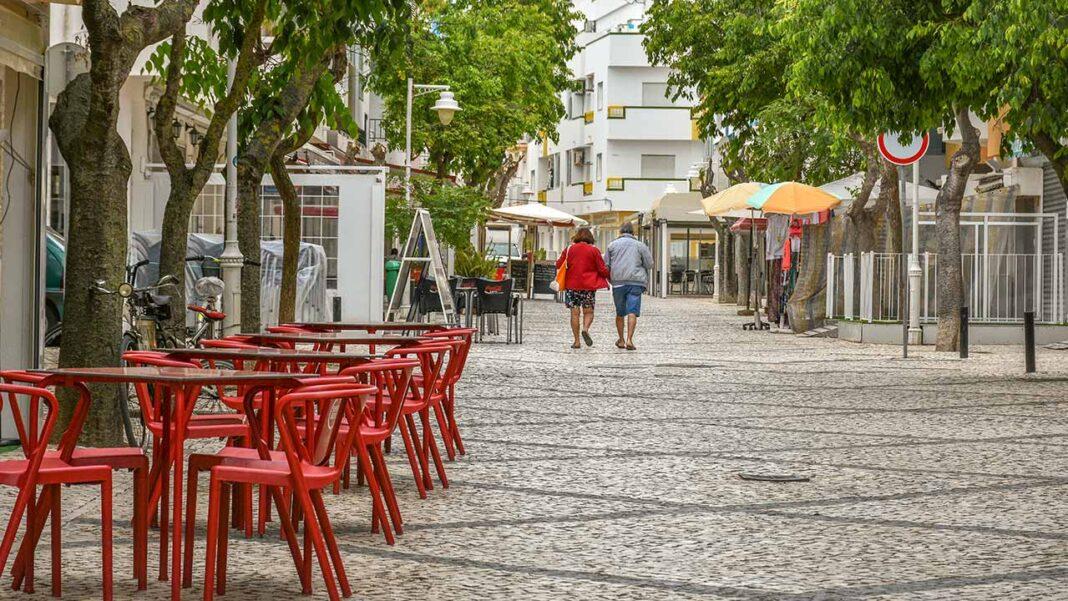 Bloco de Esquerda (BE) solicitou ao governo que declare o Algarve como região de Catástrofe Social e Económica.