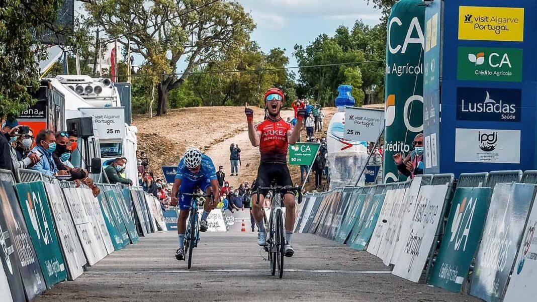 O português João Rodrigues (W52-FC Porto) é o vencedor da 47.ª Volta ao Algarve em Bicicleta, graças ao segundo lugar na quinta e última etapa, ganha pelo francês Élie Gesbert (Team Arkéa-Samsic), no alto do Malhão, Loulé, ao cabo de 170,1 quilómetros, percorridos desde Albufeira.