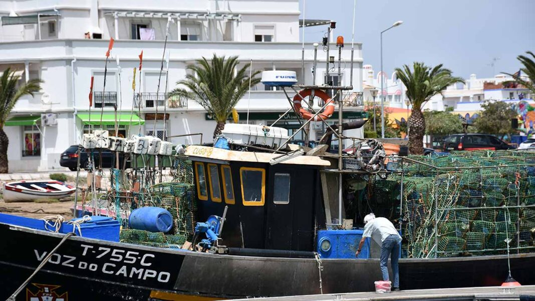 O Partido Comunista Português (PCP) deu entrada na Assembleia da República a um projeto de resolução que recomenda ao governo a intervenção nos portos de pesca do Algarve.