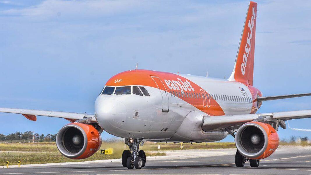 O Reino Unido inicia hoje uma nova etapa do plano de desconfinamento, incluindo autorização para viajar de férias para o estrangeiro, mas apenas alguns países, entre os quais Portugal, permitem a entrada a britânicos.