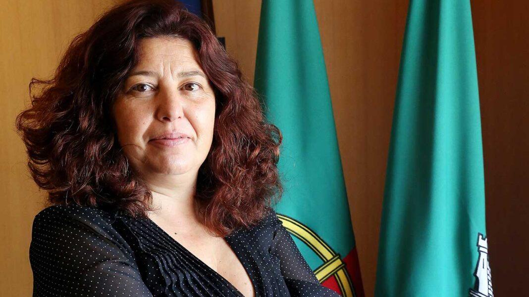 Rute Silva já assumiu as funções de presidente da Câmara Municipal de Vila do Bispo, cargo ocupado na sequência da renúncia ao mandato do anterior presidente Adelino Soares.