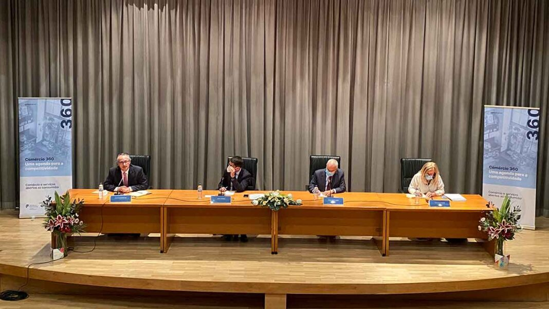ACRAL acolheu reunião «Comércio 360 - Comércio e Serviços Abertos ao Consumidor» em Faro.