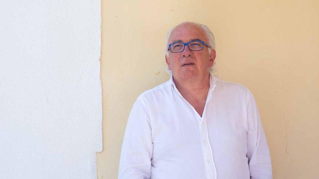 Luís Carito mostra-se confiante num bom resultado nas próximas autárquicas. Em entrevista ao barlavento, conta a sua versão dos factos do mediático processo da «Cidade do Cinema» e pede desculpa à população de Portimão pelo episódio do papel.