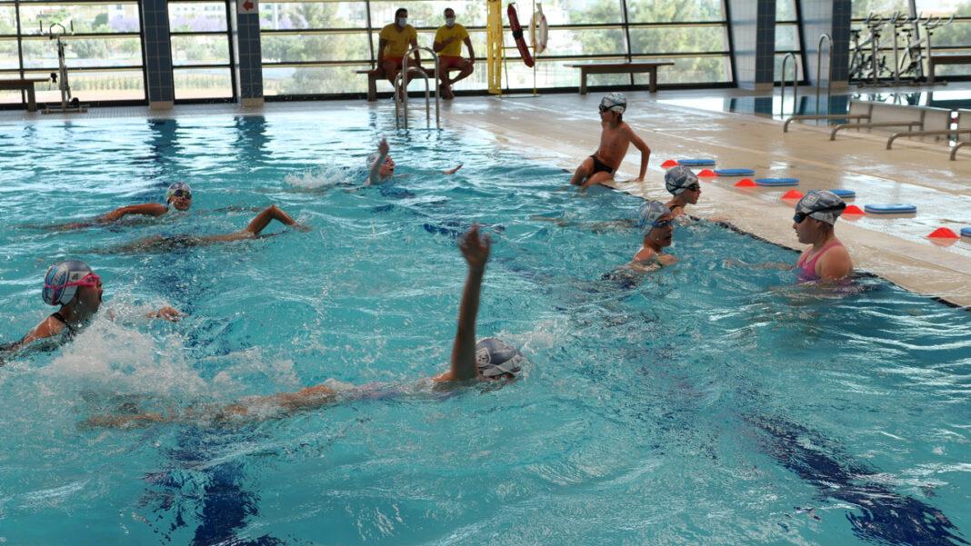 Albufeira a Nadar
