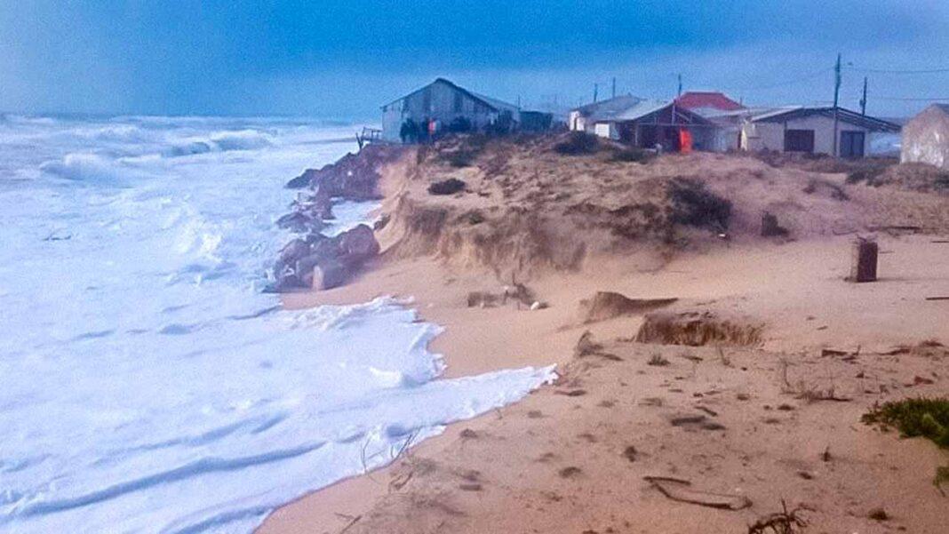 Ligação emocional ao lugar condiciona a perceção do risco costeiro nos residentes da Praia de Faro diz estudo da Universidade do Algarve.