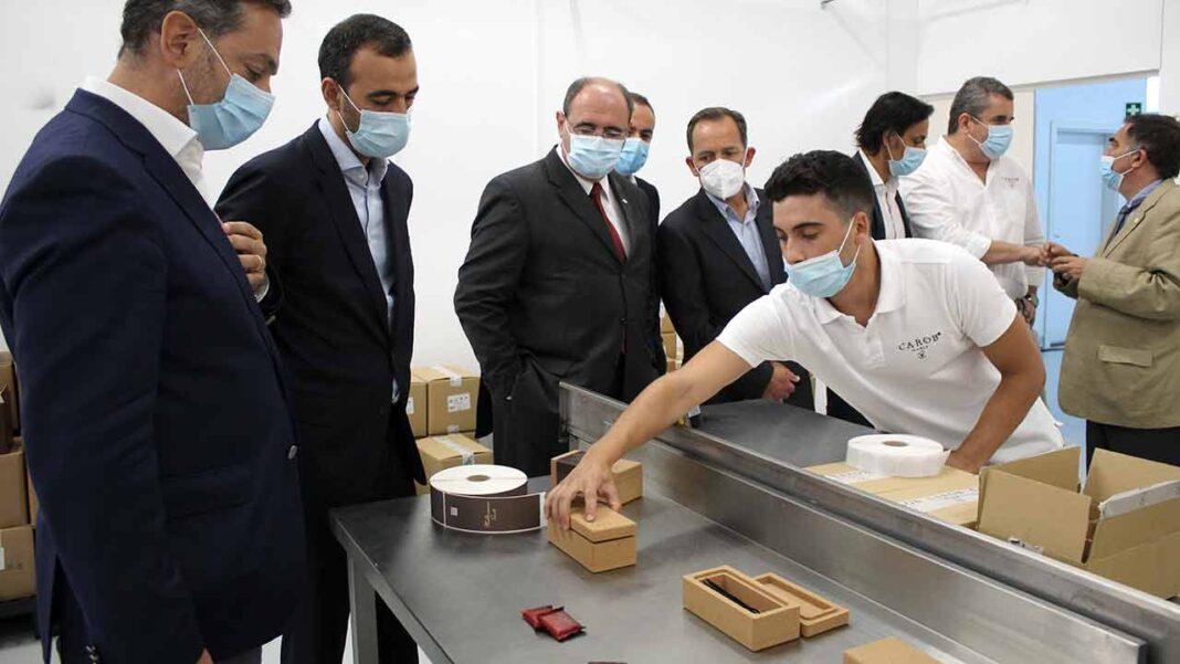 Empresa recém-inaugurada Carob World desenvolve, produz e comercializa produtos gourmet à base de alfarroba exportados para 10 países.