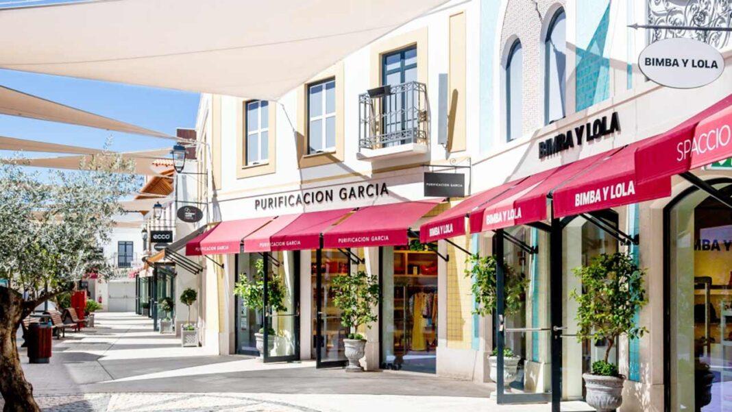 Designer Outlet Algarve tem novas oportunidades de emprego. Uma alternativa ao emprego sazonal, numa região bastante afetada pelo desemprego causado pela pandemia da COVID-19.