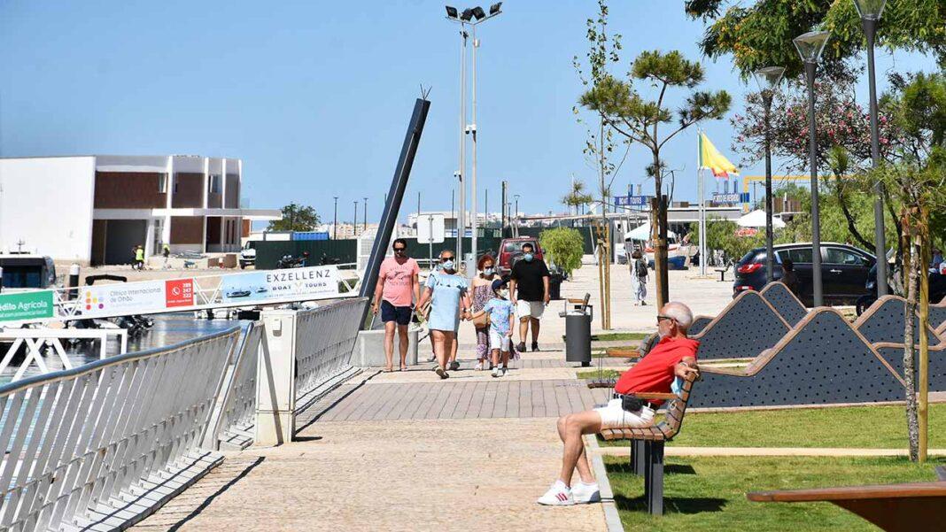 Dormidas de estrangeiros no Algarve descem 76 por cento em julho face ao mesmo mês de 2019.