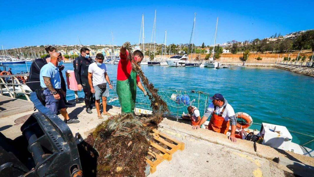 O município de Albufeira assinalou o Dia Internacional da Limpeza Costeira com uma ação de limpeza e sensibilização sobre os impactos que o lixo tem sobre os ecossistemas marinhos, no sábado, dia 18 de setembro.
