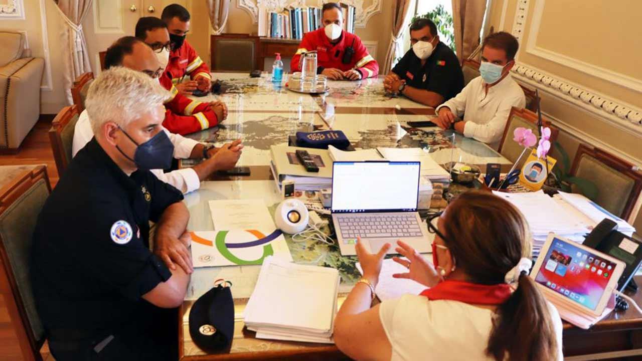 Município de Portimão reforça profissionalização de bombeiros com cinco novos postos de trabalho.