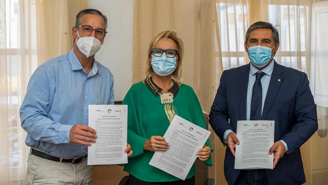 Laboratório de Aprendizagem na EB1 Dr. Alberto Iria com o apoio do município e do Rotary Clube de Olhão.