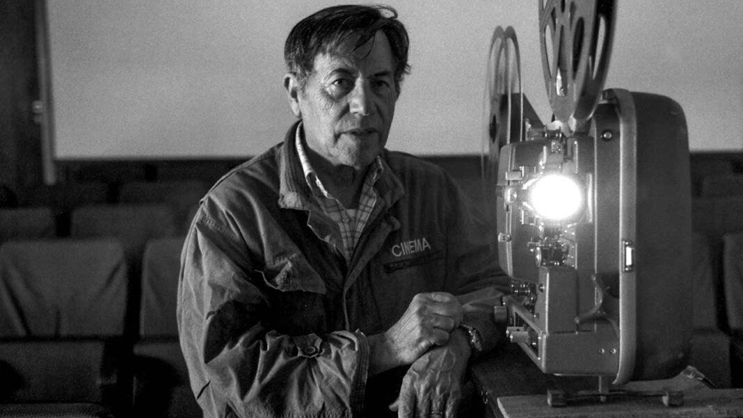 Associação Figo Lampo organiza noites de cinema ambulante em Querença.