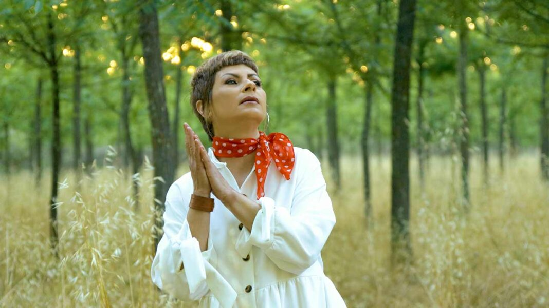 Viviane publicou no passado dia 7 de setembro um novo single intitulado «Mundo Digital». Videoclip foi filmado no interior do Algarve.