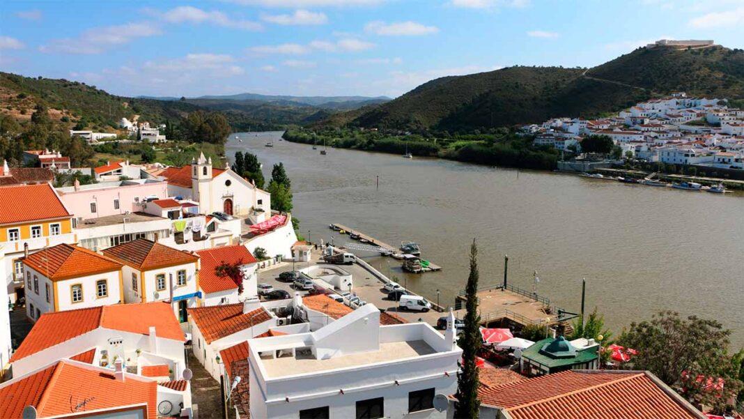 Alcoutim é o único concelho de Portugal em risco extremo de infeção pelo vírus SARS-CoV-2.