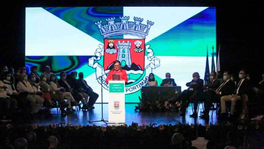 Teve lugar na noite de segunda-feira, dia 11 de outubro, a cerimónia pública de instalação dos órgãos autárquicos do município de Portimão - 2021/2025, que decorreu no TEMPO – Teatro Municipal de Portimão.