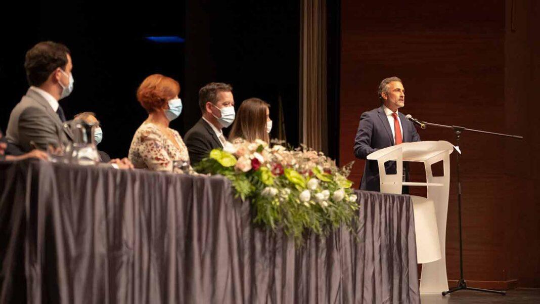 Decorreu esta quarta-feira, 13 de outubro, a cerimónia de instalação dos órgãos autárquicos de Olhão para o quadriénio 2021/2025, no seguimento das eleições de 26 de setembro.