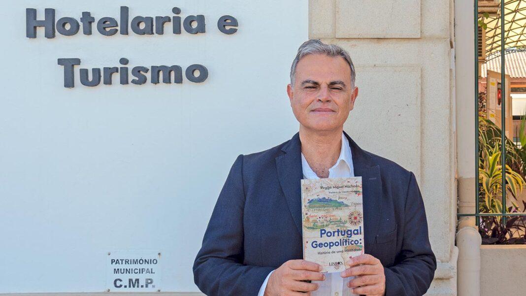 Recém-lançado «Portugal geopolítico - História de uma identidade», novo livro do docente e investigador da Universidade do Algarve (UAlg), Virgílio Machado, vai ser apresentado hoje, às 17h30 no Biblioteca António Rosa Mendes, no campus de Gambelas, em Faro.